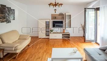 Prodaja, kuća, Sesvete, Kuća u nizu, 320m2