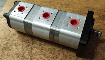 Hidraulična pumpa za mini bager Kubota /Case