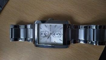 Prodajem muški sat