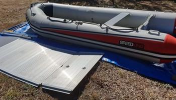 Gumemi čamac sa alu. dnom 840 € Zagreb
