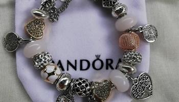 Pandora narukvica, motiv drva, nova!