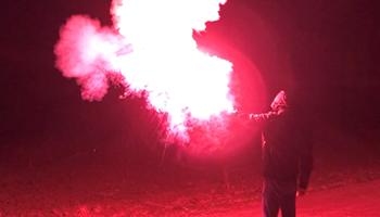 Baklje i dimne bombe ...super za utakmice ili airsoft i paintball igre