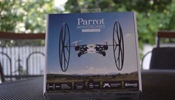 Prodajem novi dron Parrot Rolling Spider