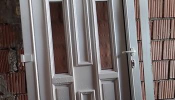 Bijela PVC vrata