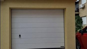 Garaža na prodaju Šibenik Baldekin