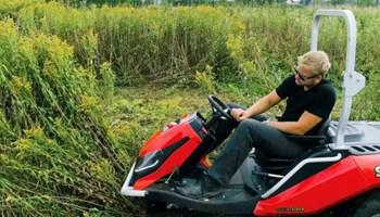 Usluga košnje trave traktor kosilicom