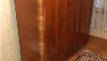 Starinski ormar,lakirani-visoki sjaj