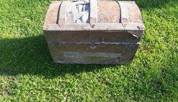 Stari kovceg za restauaraciju