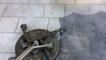 Usluga održavanja zelenih površina i servis za čišćenje
