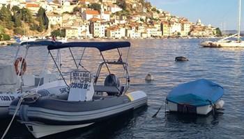 Rent a boat Šibenik