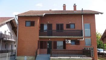 Kuća: Briješće, 250.00 m2, na placu od 552 m2