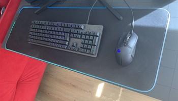Tipkovnica / Miš / Podloga za tipkovnicu i miš