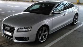 Audi A5 Sportback bi-xenon LED, reg. 5/22 ,servisna, alu 19 i 17, kupljen u RH