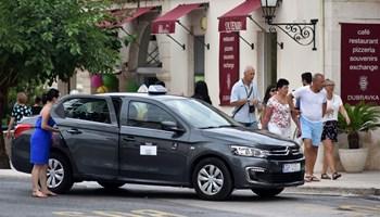 Taxi vozač Uber Bolt Next (m/ž)