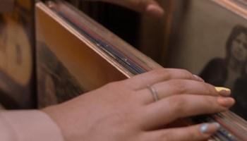 Single gramofonske ploče: D.Bowie, J.Hendrix, Queen, The Beatles, ABBA