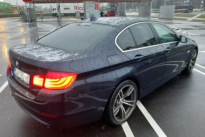 BMW f10__ALU 19__AUTOMAT__KOŽA_NAVIGACIJA_F1 VOLAN!!!MOGUCA ZAMJENA ZA JEFTINIJE!!!
