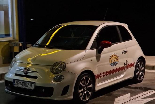 ????Fiat Abarth 500 1.4 turbo, 180ks??