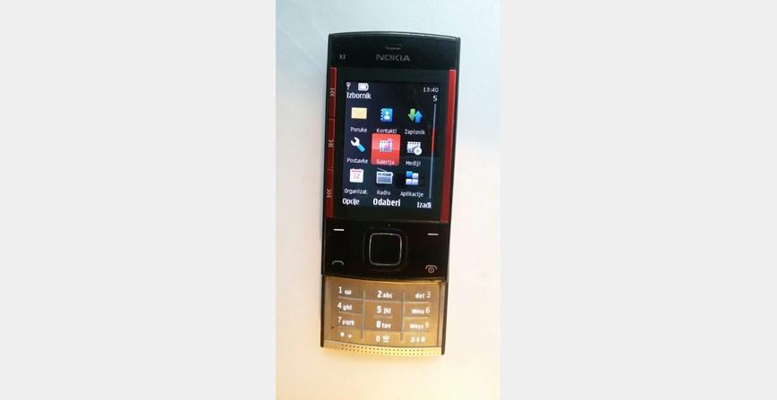 NOKIA X3 mobitel