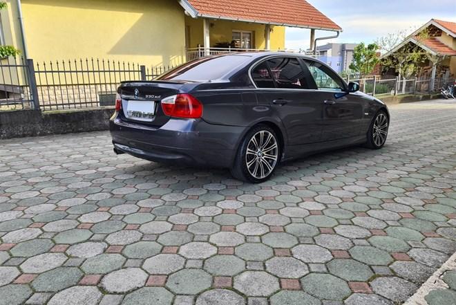 BMW serija 3 330 XD 170 kw.6 brzina.Alu 18.262 000 km.Moguća zamjena.